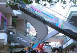 cartoon network en el centro comercial Santafe